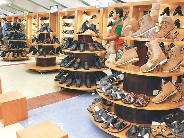 Footwear industry hit by raw material shortage - Money - The ... 2c246e011