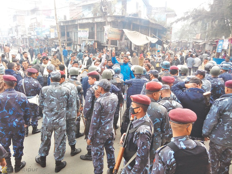 At least 4,000 security personnel drawn back
