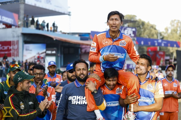 Emotional Shakti bids adieu to cricket