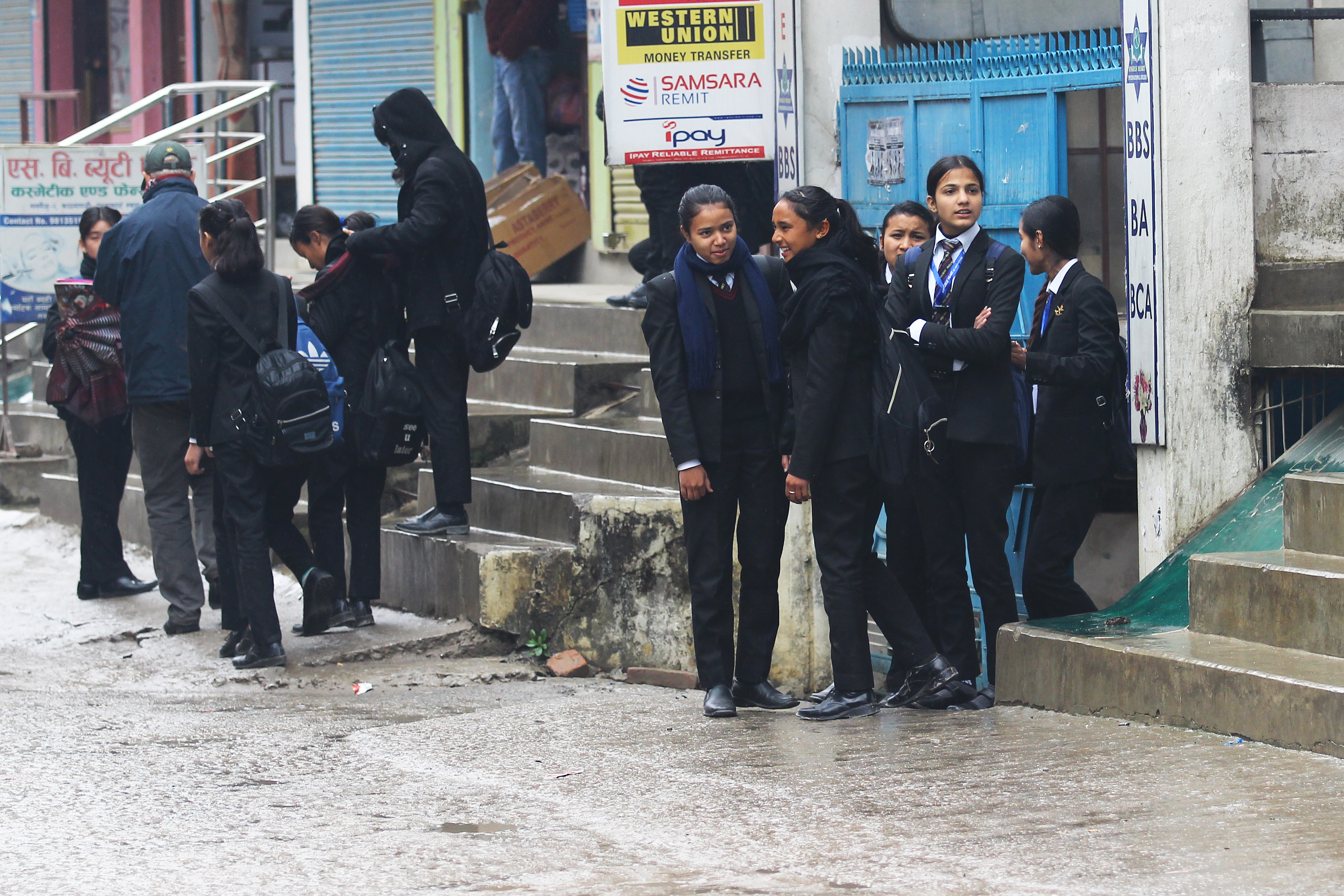 http://assets-cdn.ekantipur.com/images/the-kathmandu-post/miscellaneous/IMG_8353_Student_returns_from_school__KTM0602198-08022019082936.JPG