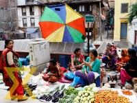 Street vendors wait for customers to sell the vegetables at Maru in the Capital on Tuesday.