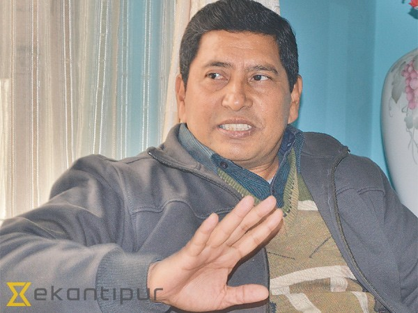 PMs not taking up issue of Biratnagar camp with India: Shrestha