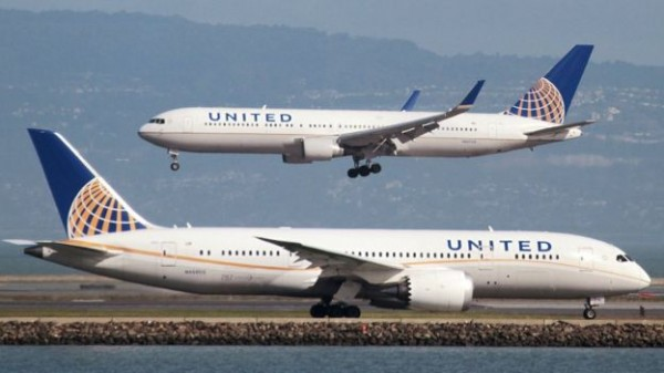United Airlines to offer up to $10,000 for forfeiting seat