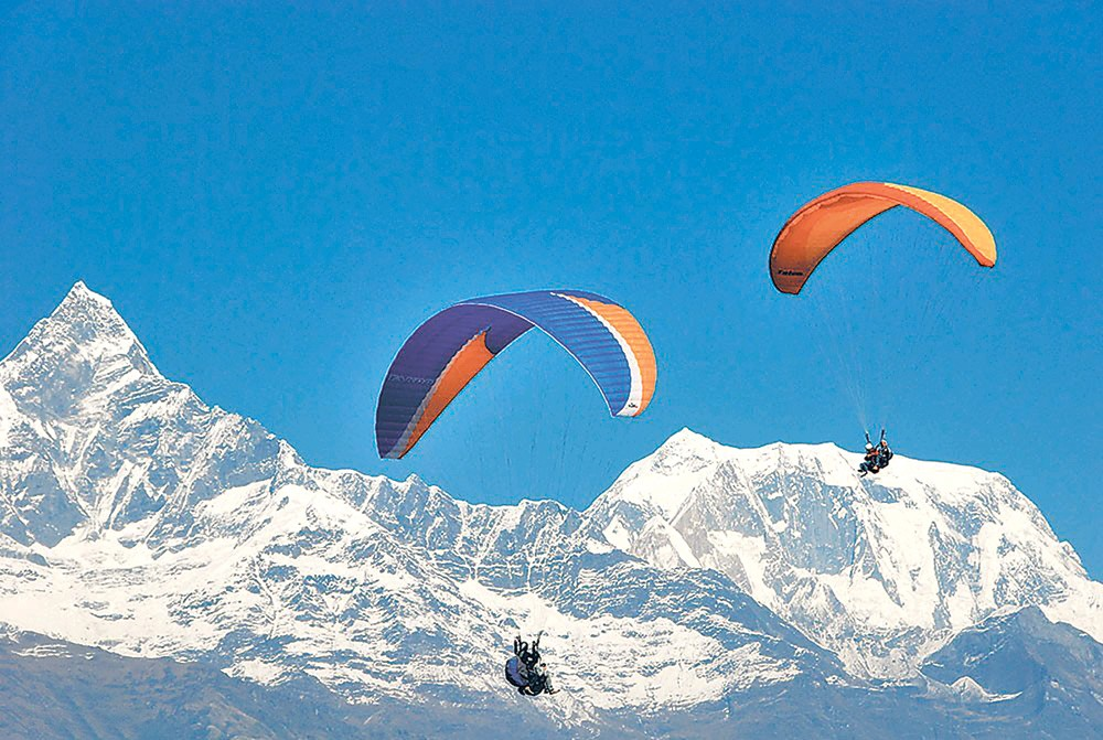 Paragliders fear being displaced by airport